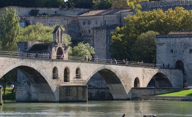 Lyon avignon marseille cities direct aito - Pont royal en provence office du tourisme ...