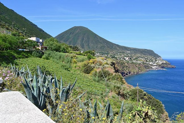 Cruising the Aeolian Islands