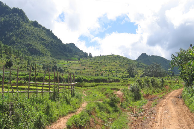 Kalaw to Inle Lake Soft Trekking