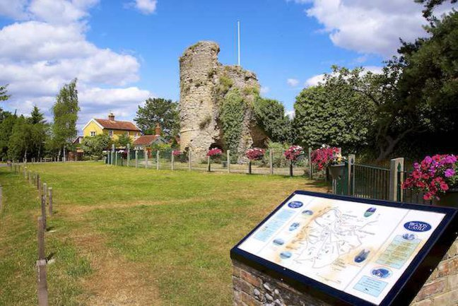 Take a walk round the romantic ruins of Hugh Bigod's castle in Bungay (it's free!)