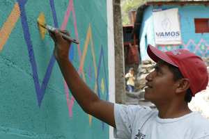 Transforming the lives of families living on the shores of Lake Atitlan, Guatemala through art.